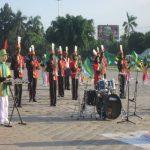 Persembahan Drumband Al-Islam Joresan Pada Upacara Penurunan Bendera Di Alon-alon Ponorogo